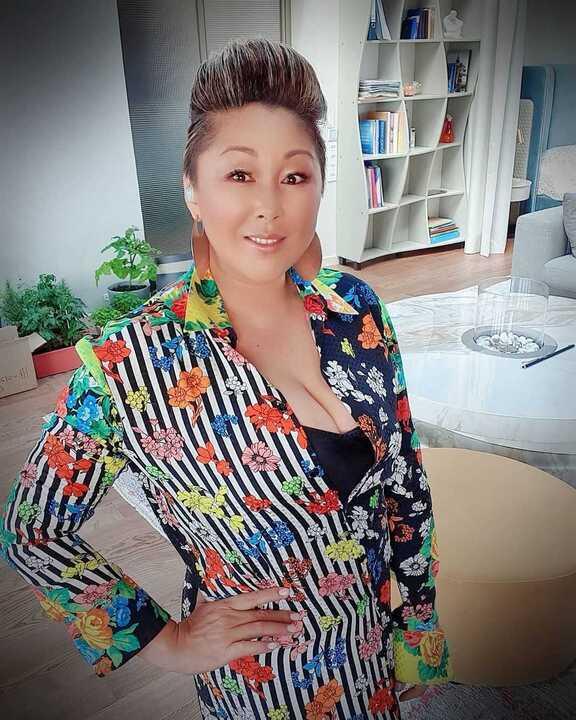 Анита Цой попала в больницу с коронавирусом