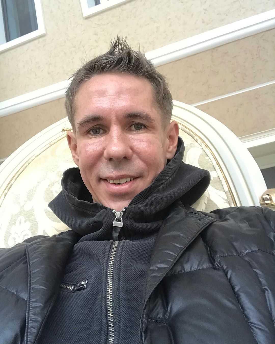 Алексей Панин стал холостяком и получил вид на жительство в Испании