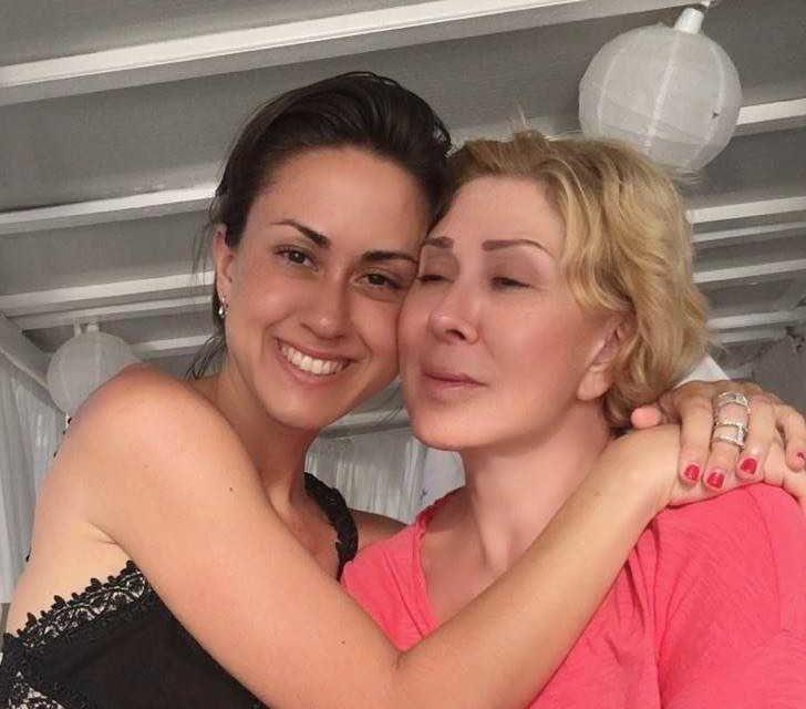 «Ты – монстр!»: Дочь Любови Успенской публично обозвала мать