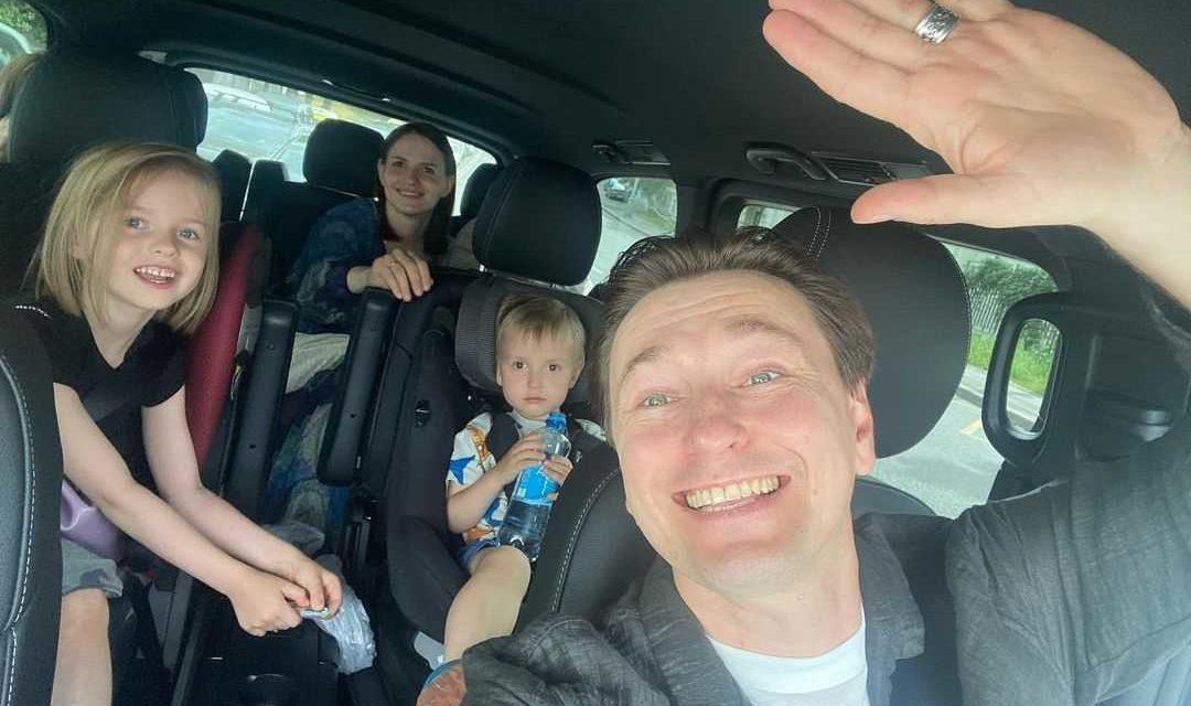 Сергей Безруков и Анна Матисон решили усыновить ребёнка