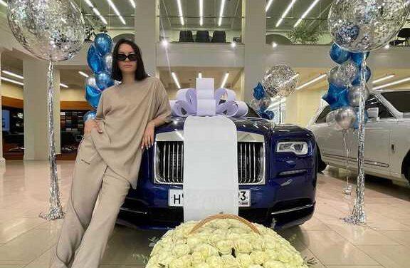 Ида Галич похвасталась иномаркой за 35 миллионов рублей