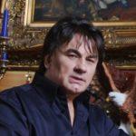 Состояние певца Александра Серова ухудшается